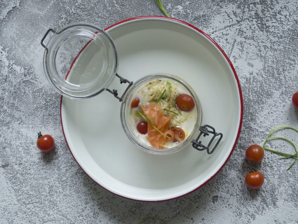 Oeufs cocotte schaal - tomaten